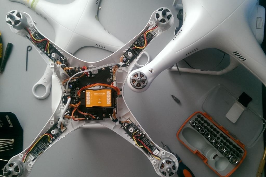 Ремонт коптеров сетевой кабель для беспилотника мавик айр